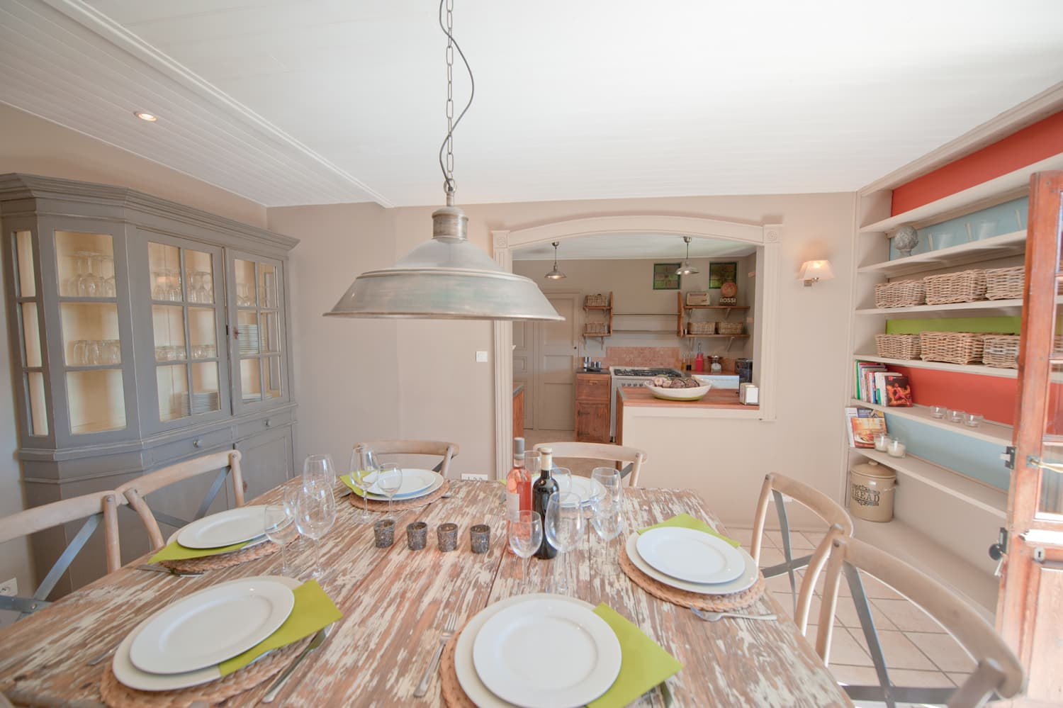 Dining room in Dordogne rental home