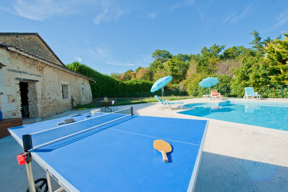 Table tennis and private pool