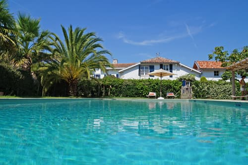 West France holiday home with private, heated pool