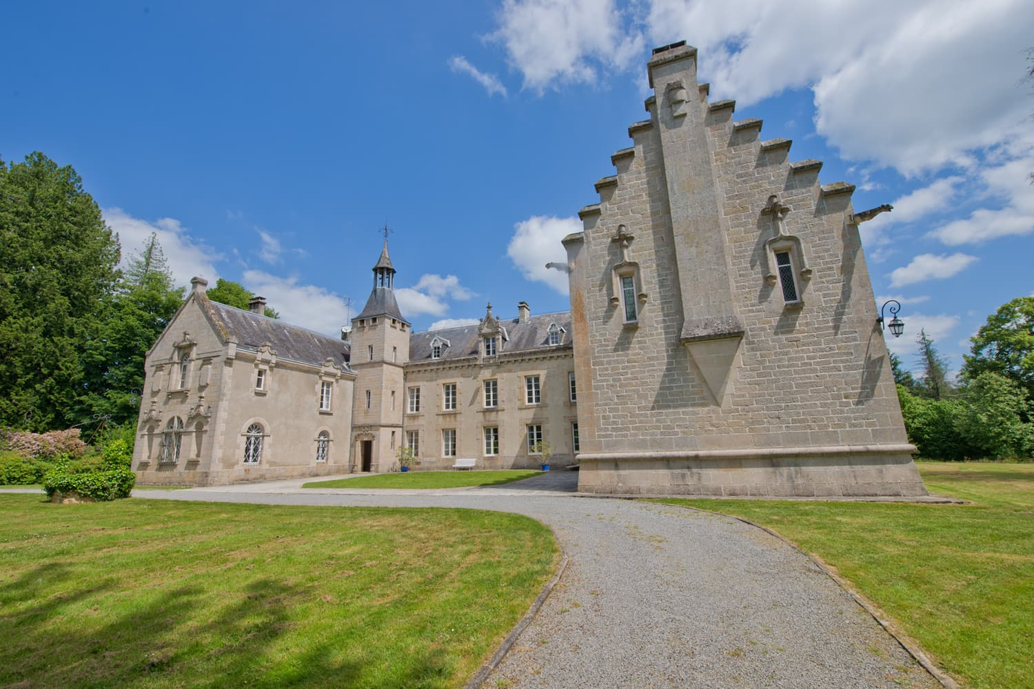 Holiday château in Limousin