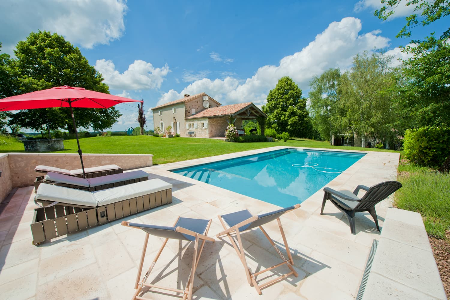 Rental accommodation in Lot-et-Garonne with private, heated pool