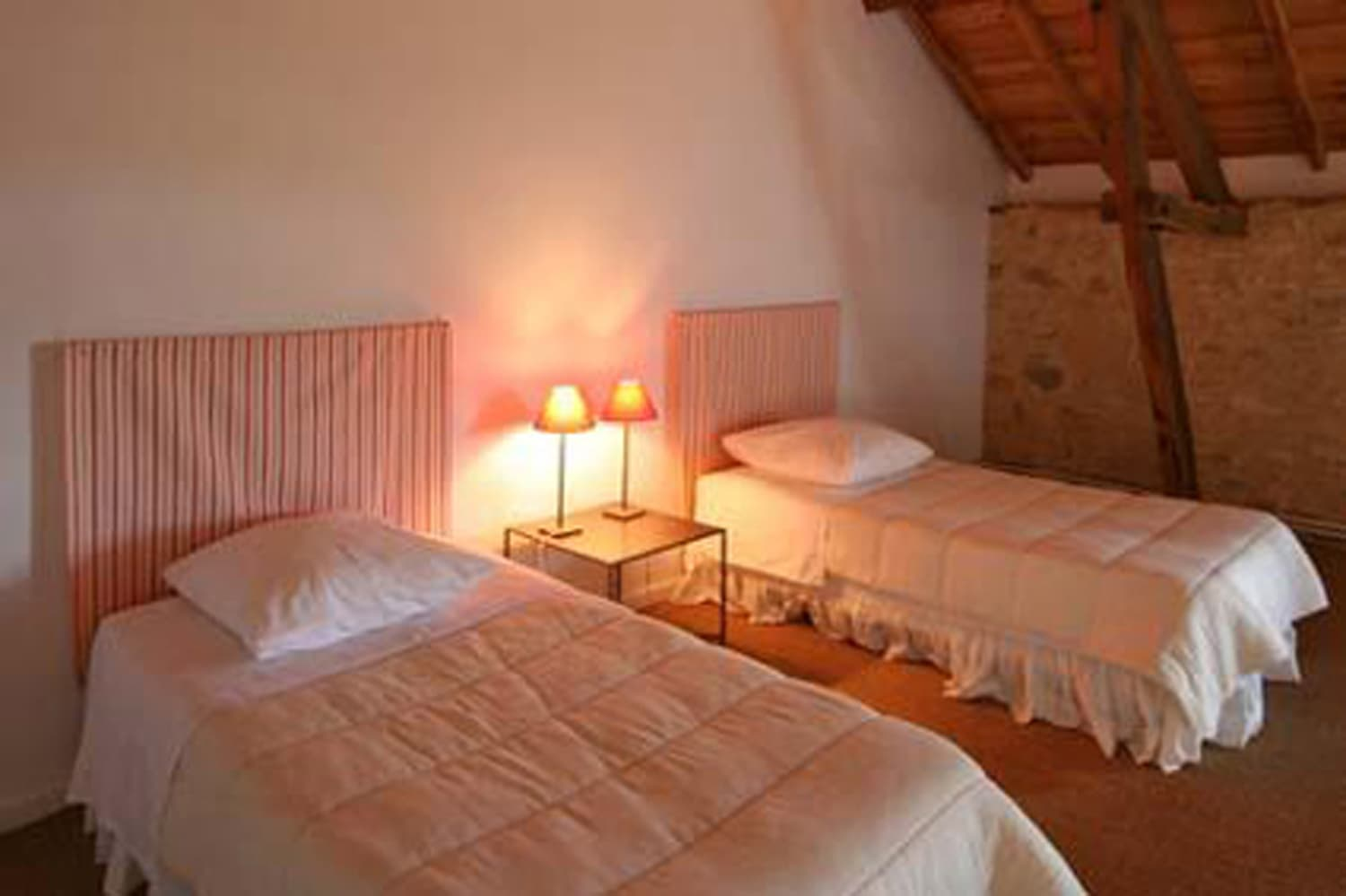 Bedroom in Dordogne self-catering accommodation