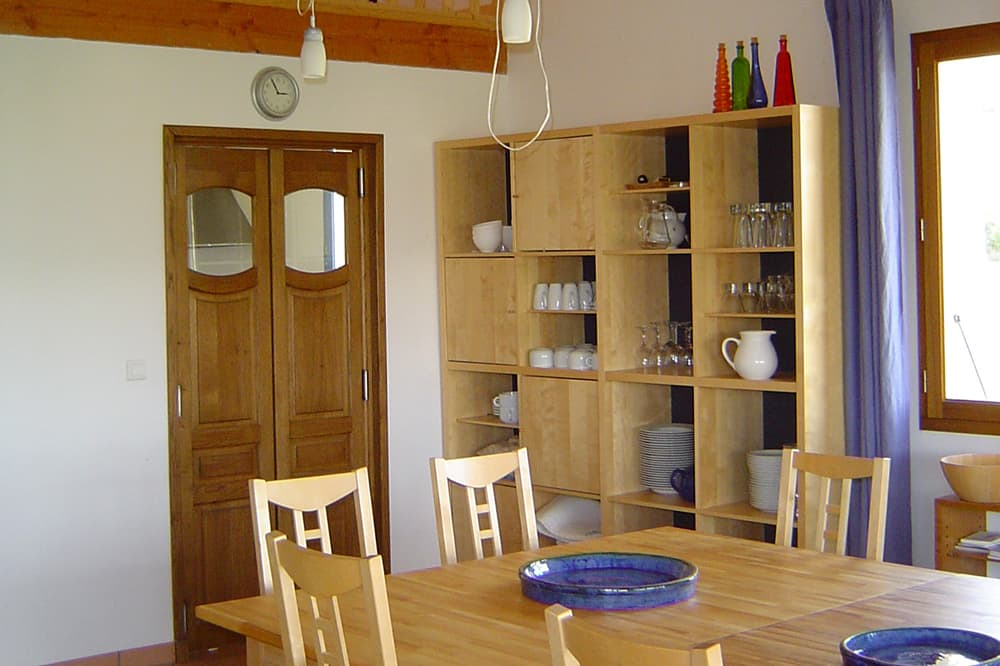 Dining room in Hautes-Alpes holiday accommodation