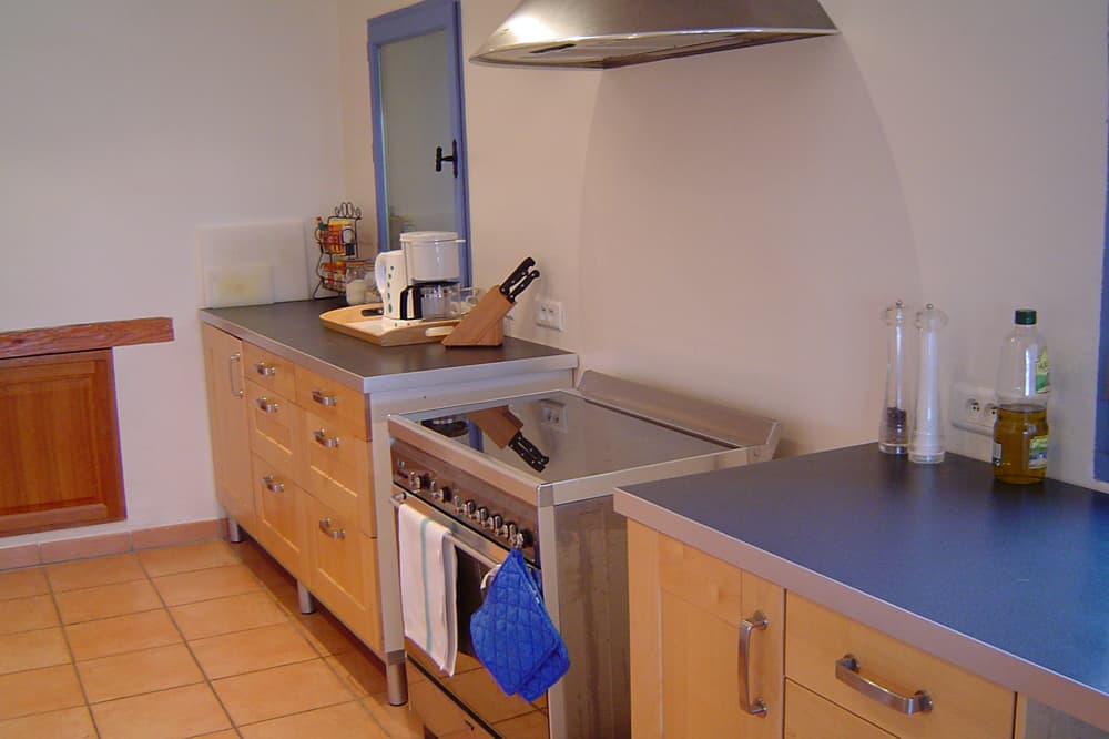 Kitchen in Hautes-Alpes holiday accommodation