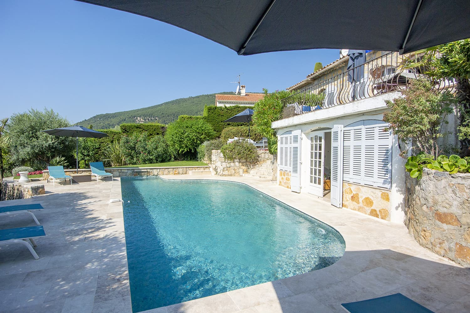 Holiday villa in Grasse with private pool