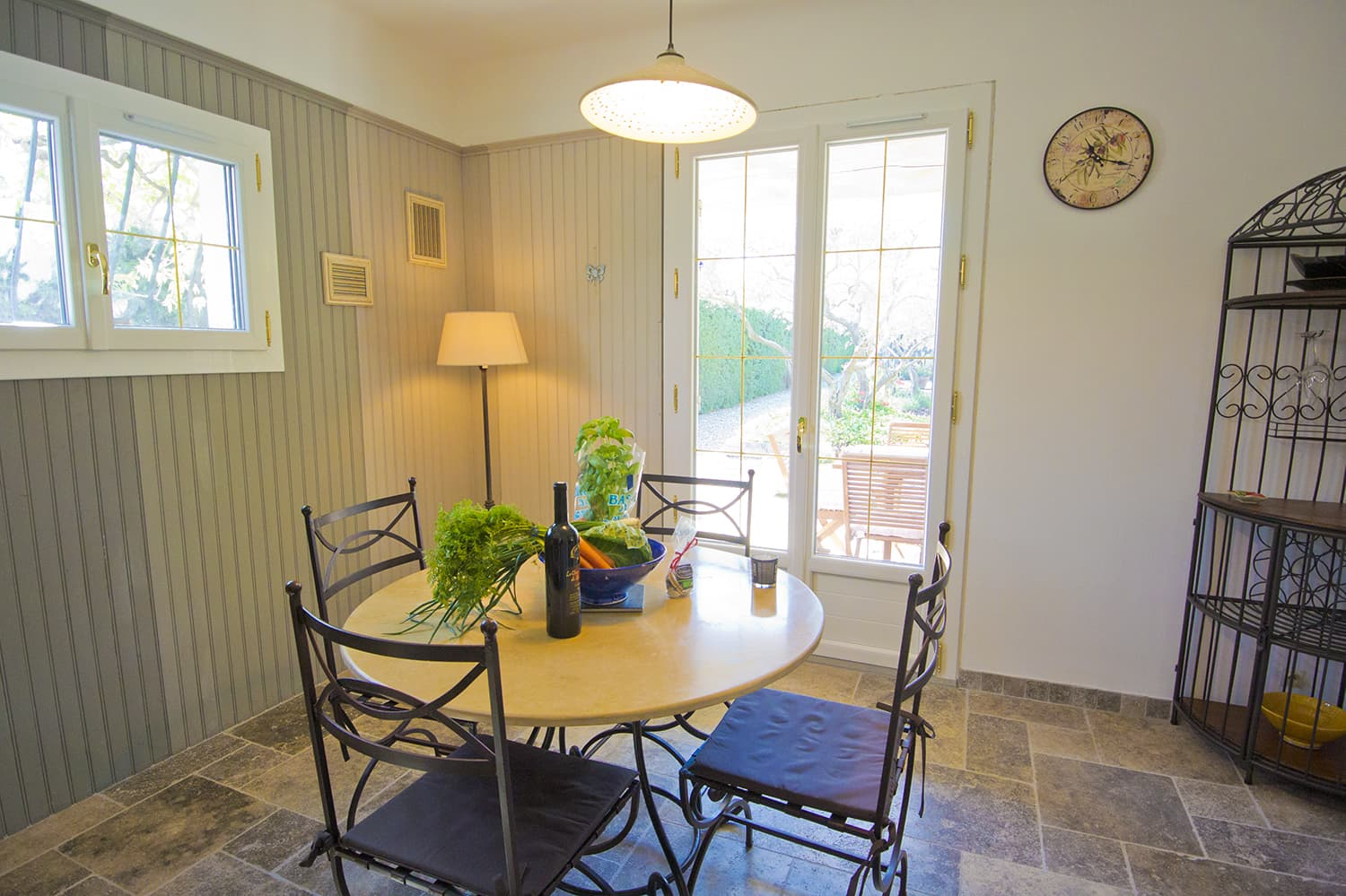 Breakfast room in Provence rental home