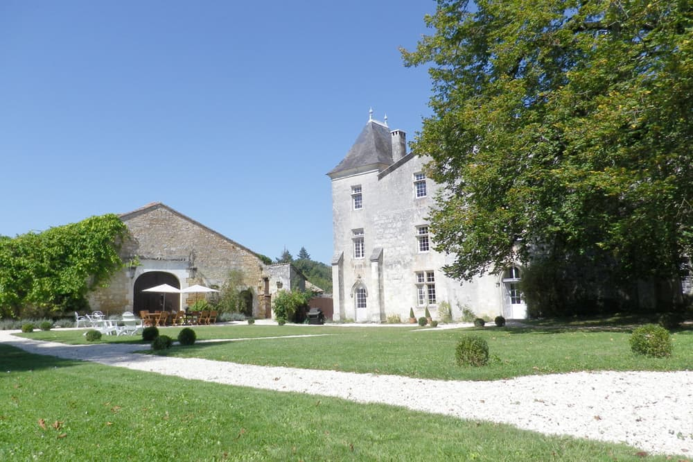 Holiday château in Charente