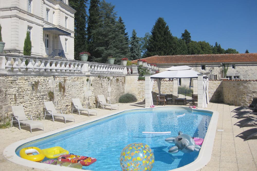 Holiday château in West France with private, heated pool