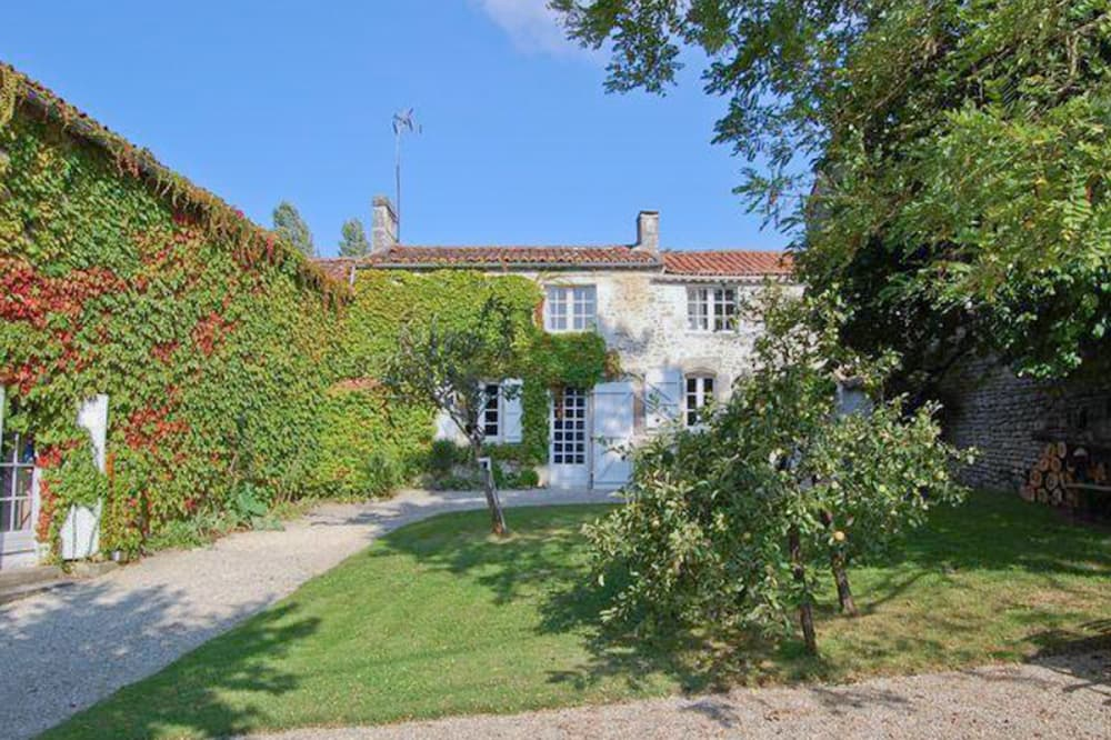 Rental accommodation in West France