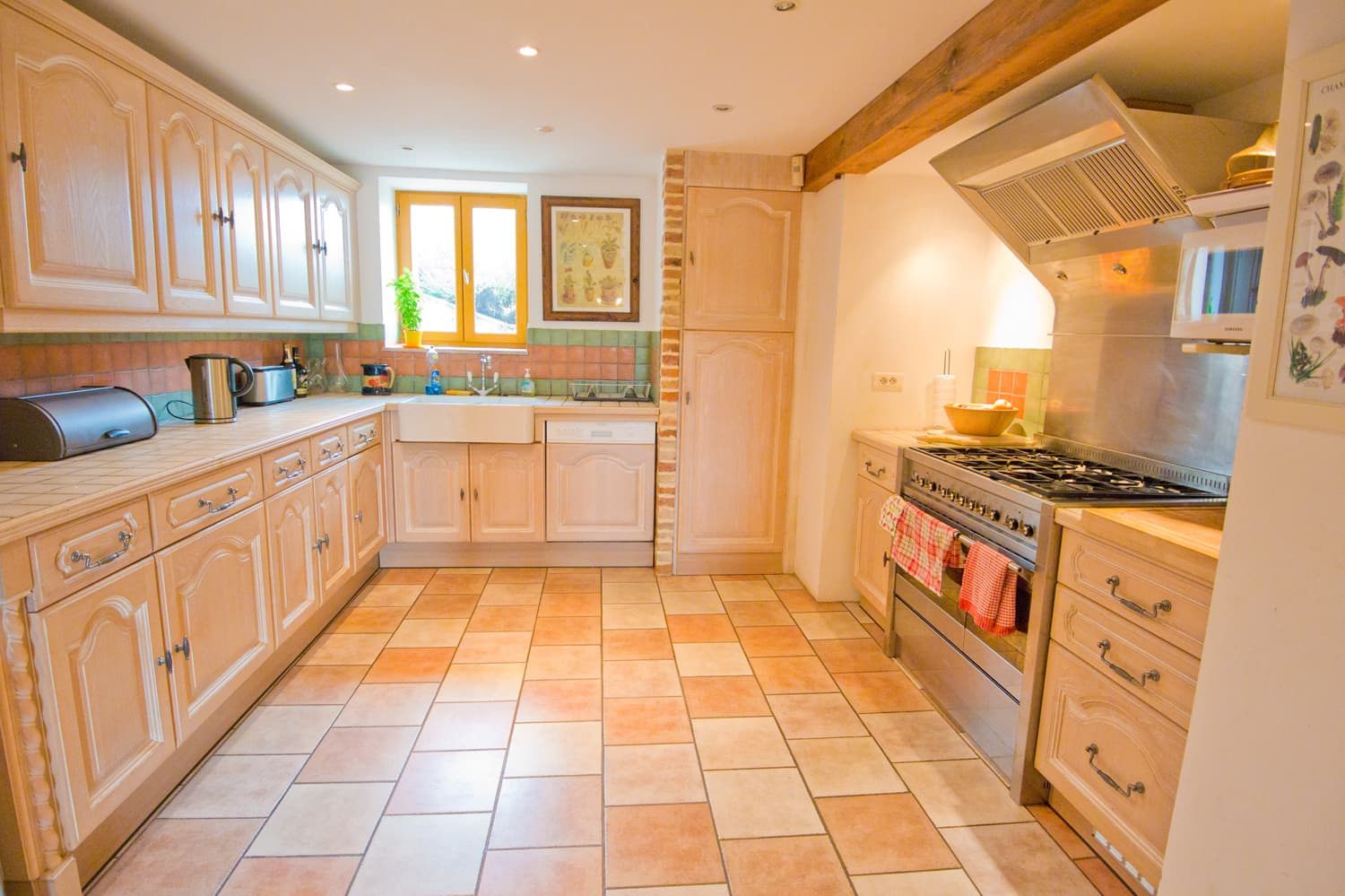 Kitchen in South West France rental home