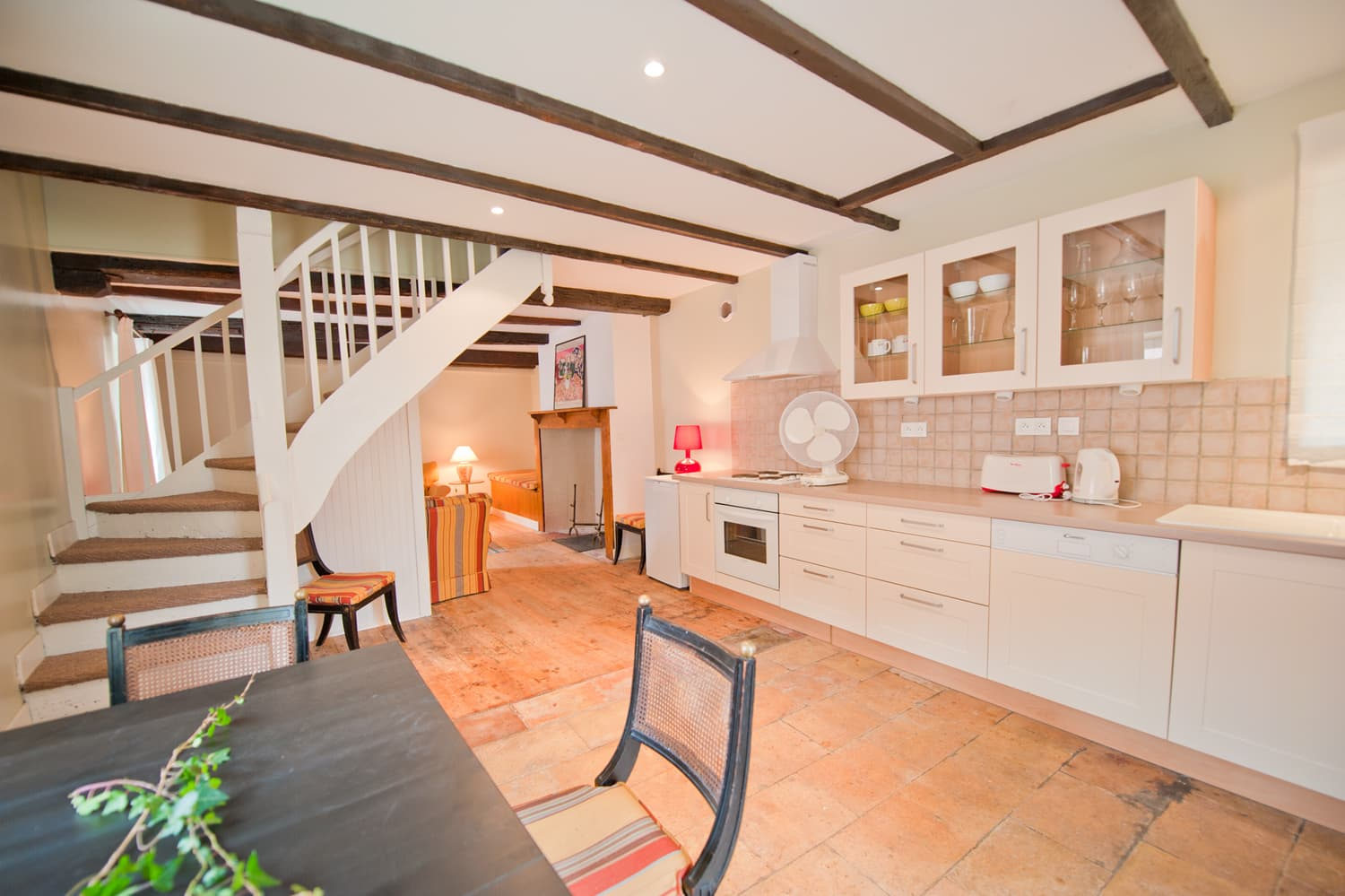 Cottage kitchen in South West France holiday home