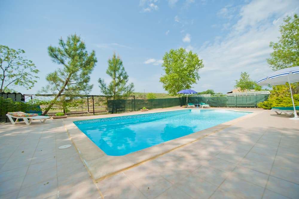 Private pool with terrace in Languedoc