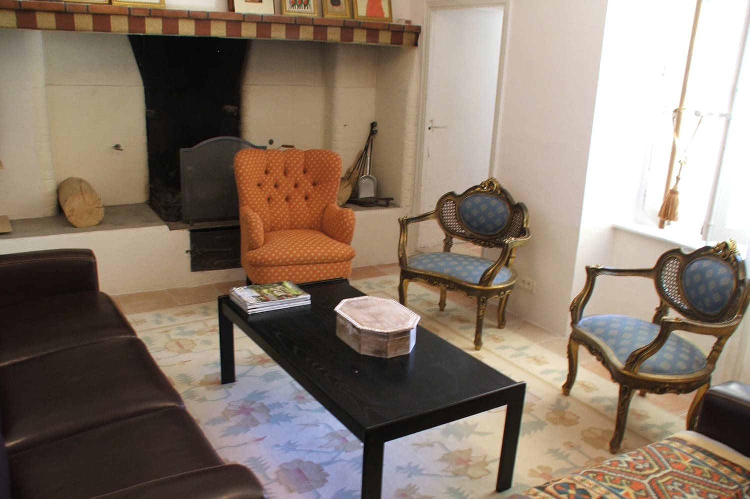 Living room in Boisset-et-Gaujac, Occitanie holiday accommodation