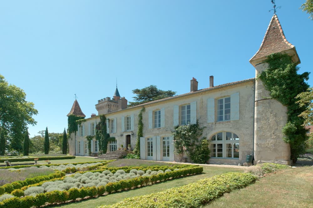 Holiday château in Dordogne