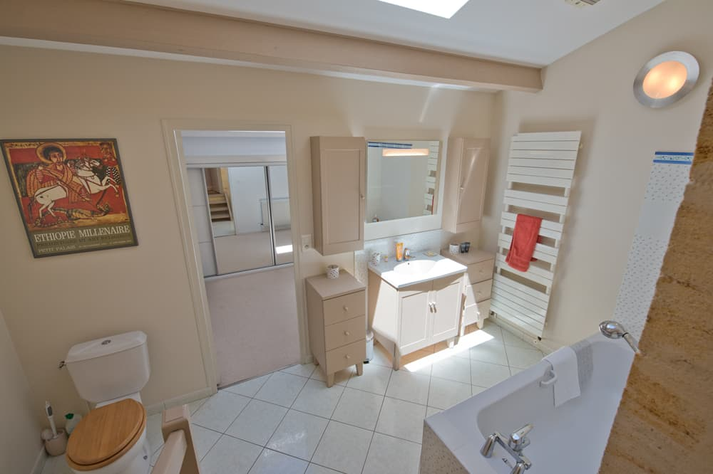 Bathroom in South West France self-catering accommodation