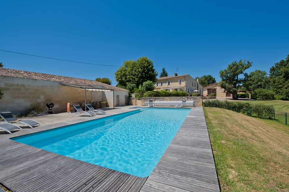 Self-catering accommodation in South West France with private, heated pool