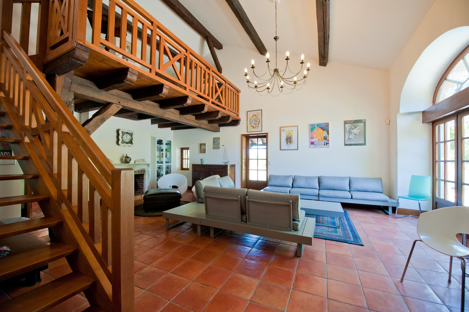 Living room with mezzanine in Dordogne holiday home