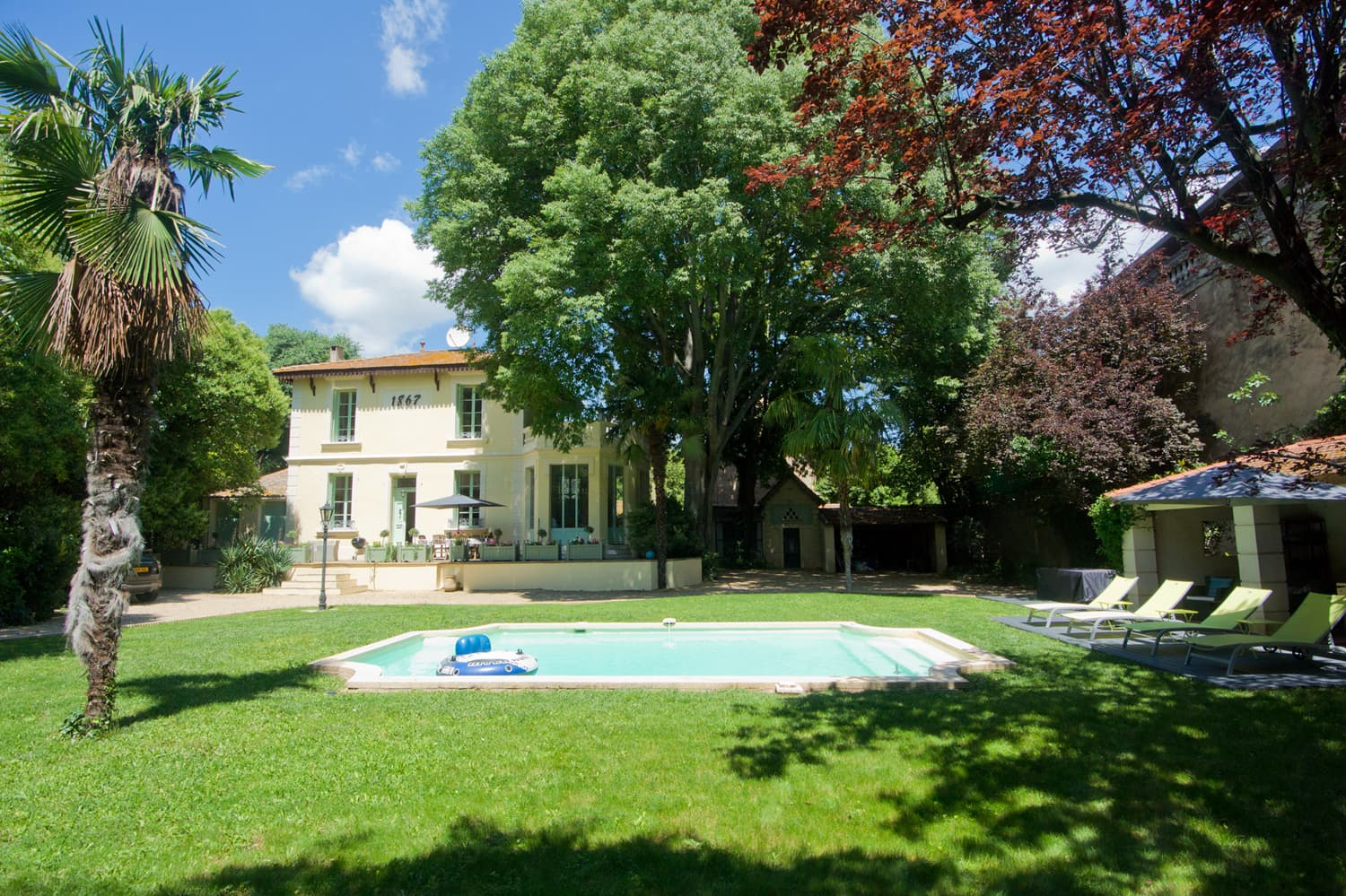 Rental home in Languedoc with private, heated pool