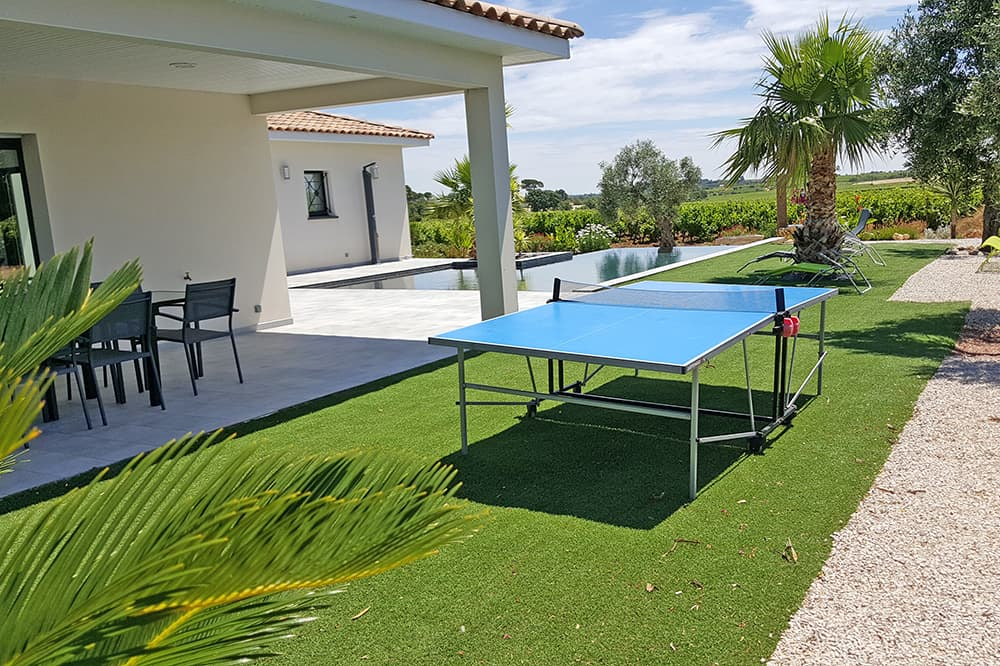 Garden with table tennis and covered terrace