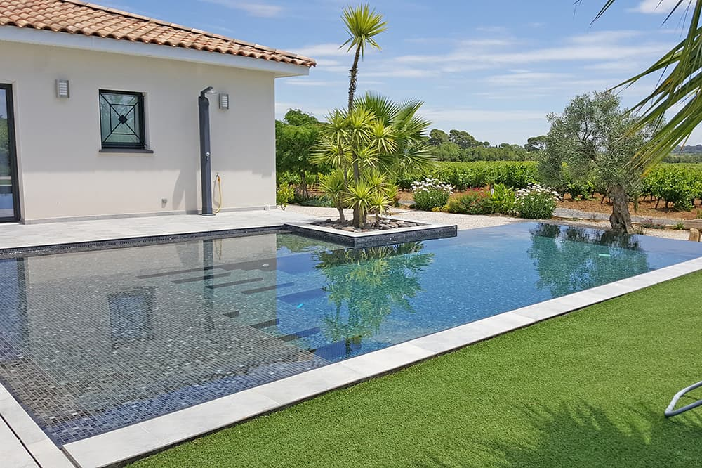 Rental accommodation in the Languedoc with private pool
