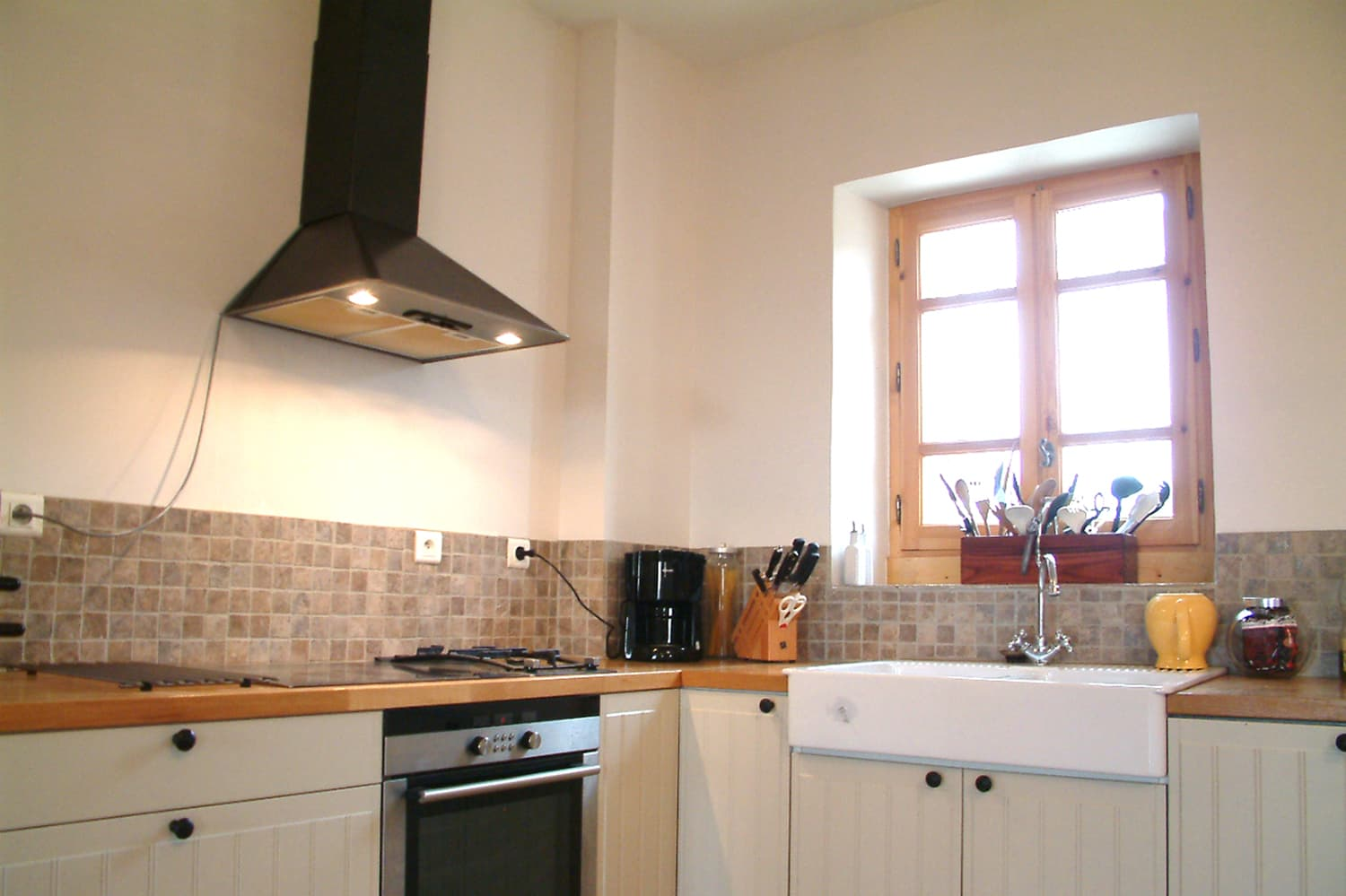 Kitchen in Occitanie holiday accommodation