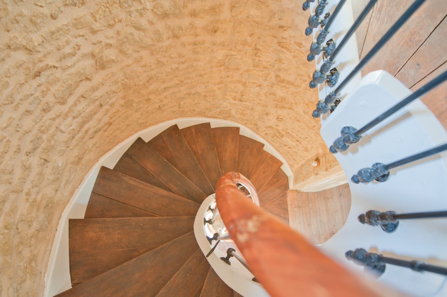 Spiral staircase in Dordogne holiday home