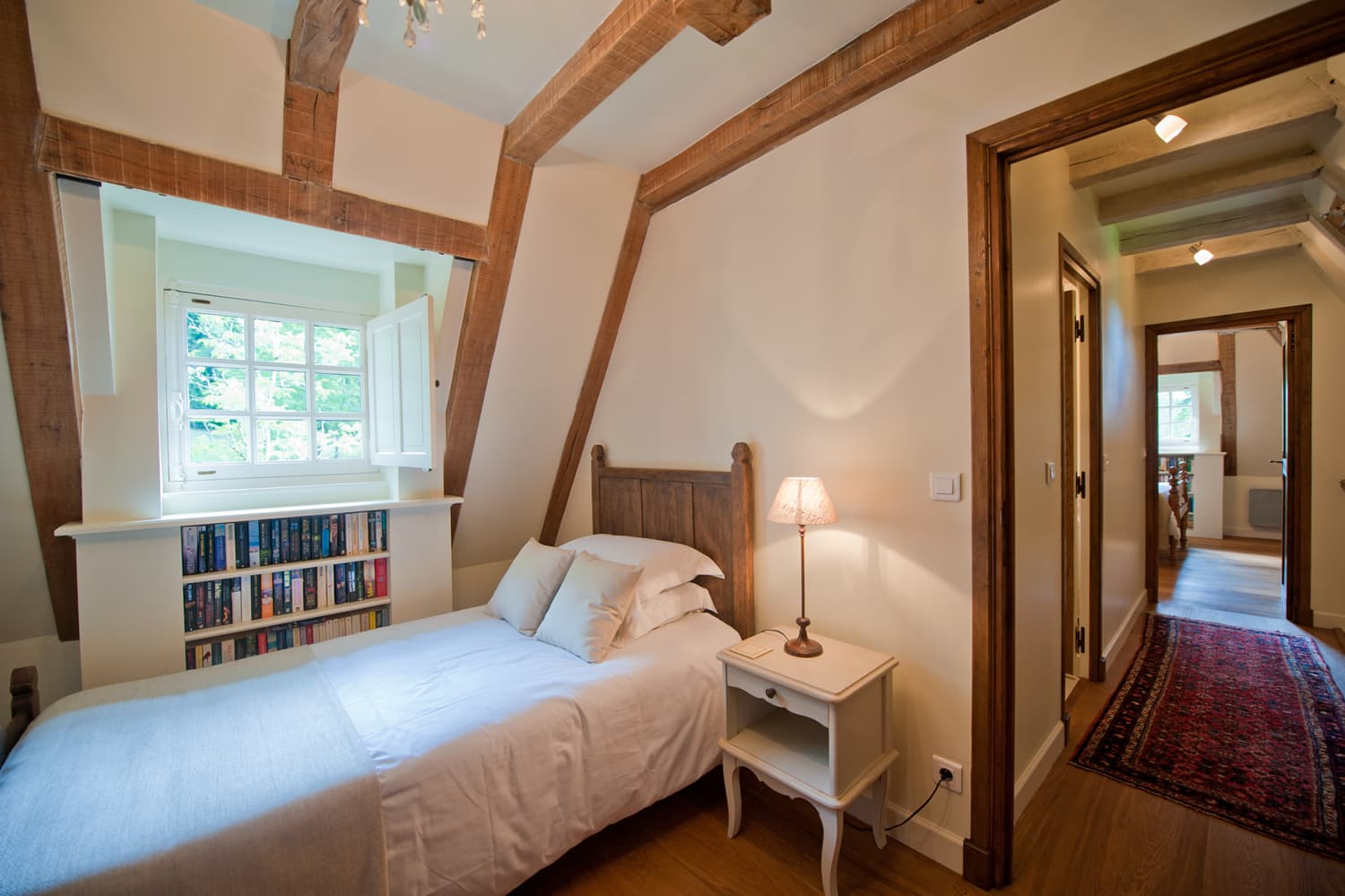 Bedroom in Dordogne rental cottage