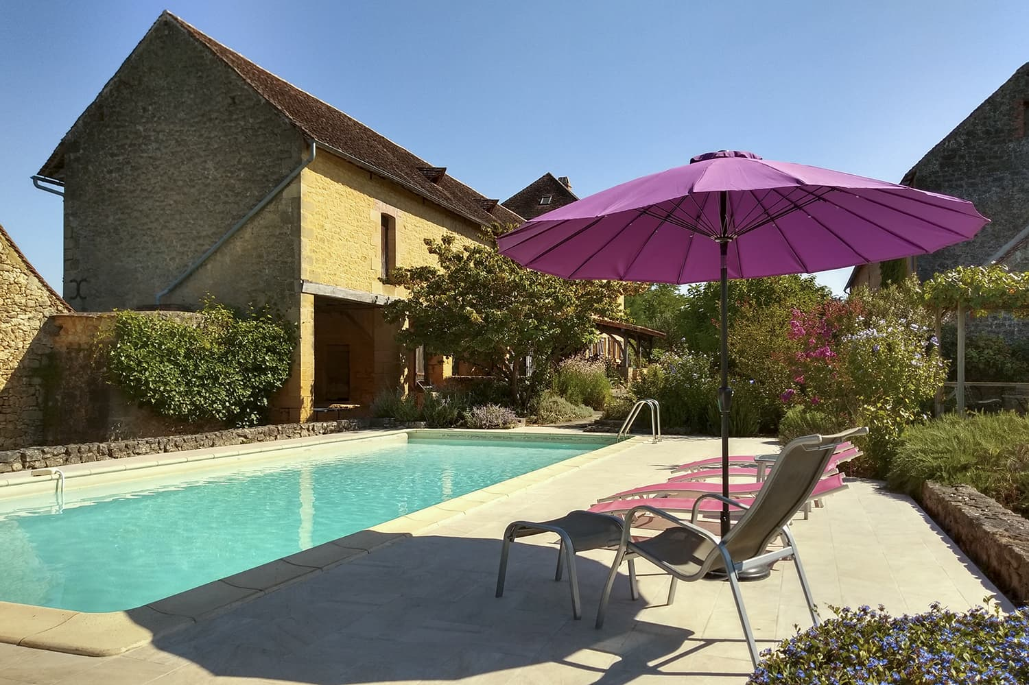 Holiday accommodation near Domme with private pool