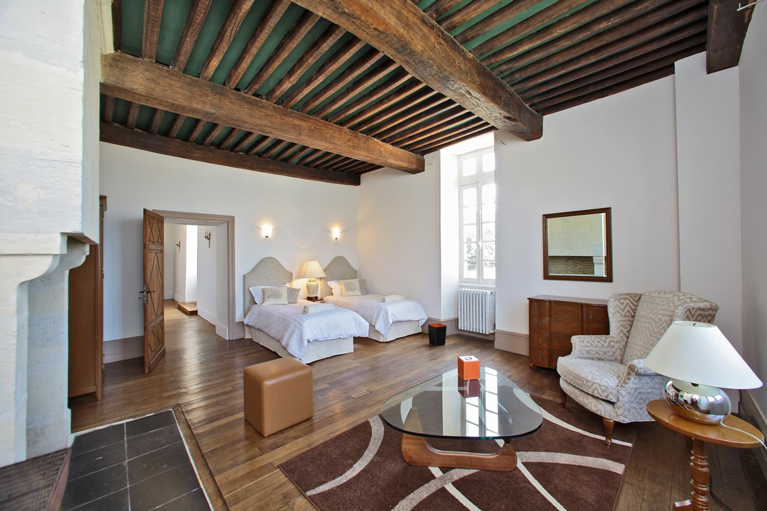 Bedroom in Dordogne holiday château