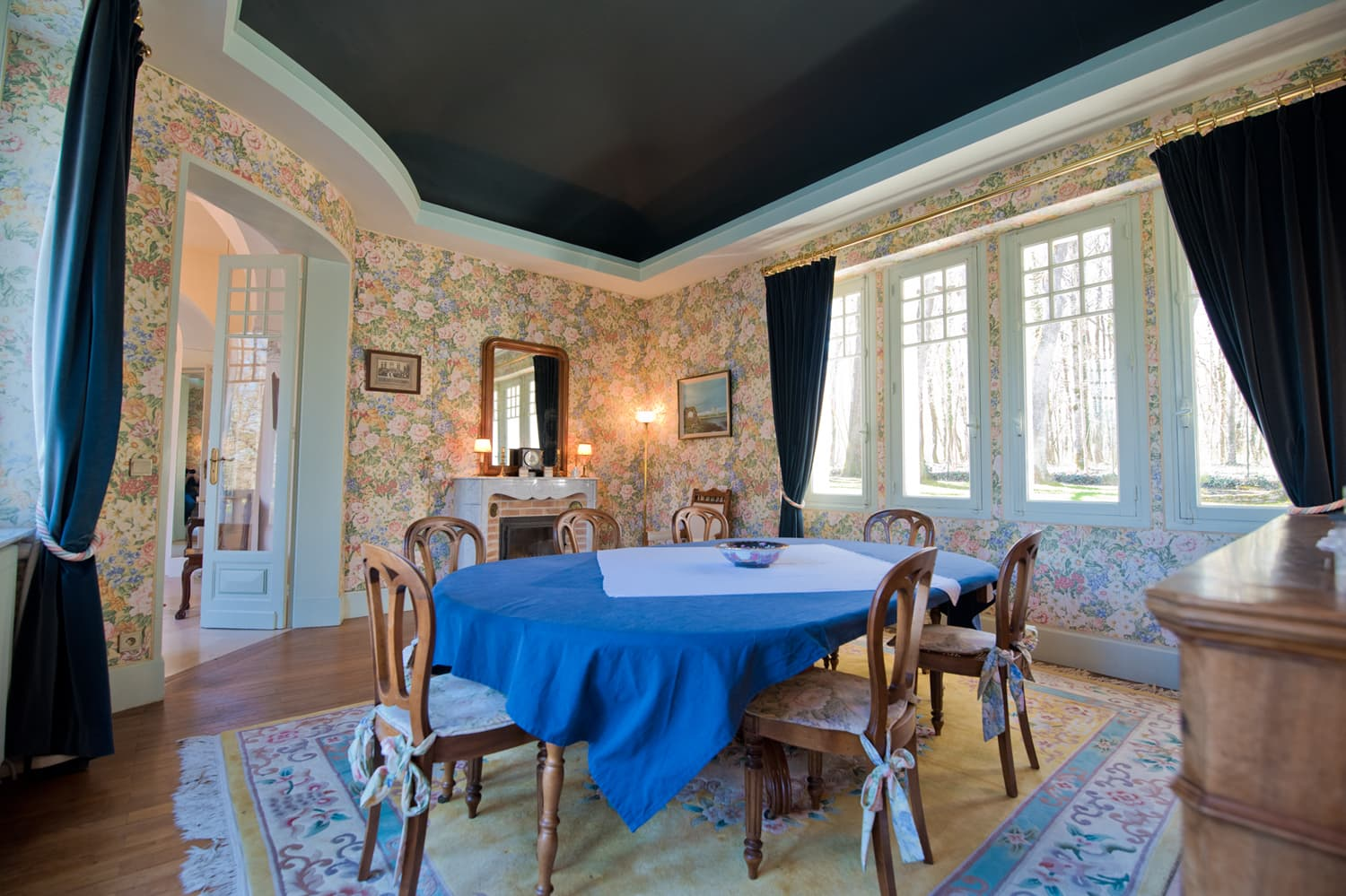 Dining room in holiday château