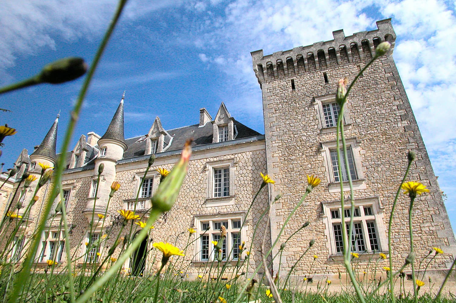 Vacation château in West France