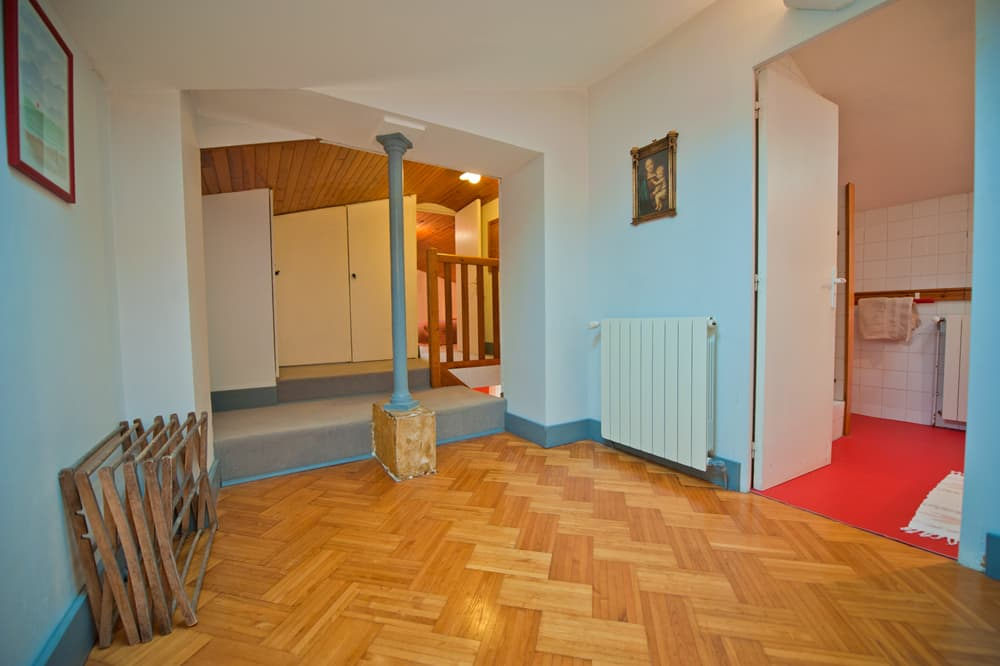 First floor hallway in South West France rental home