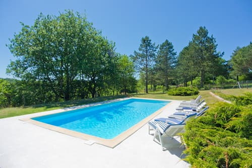 Private pool in Dordogne