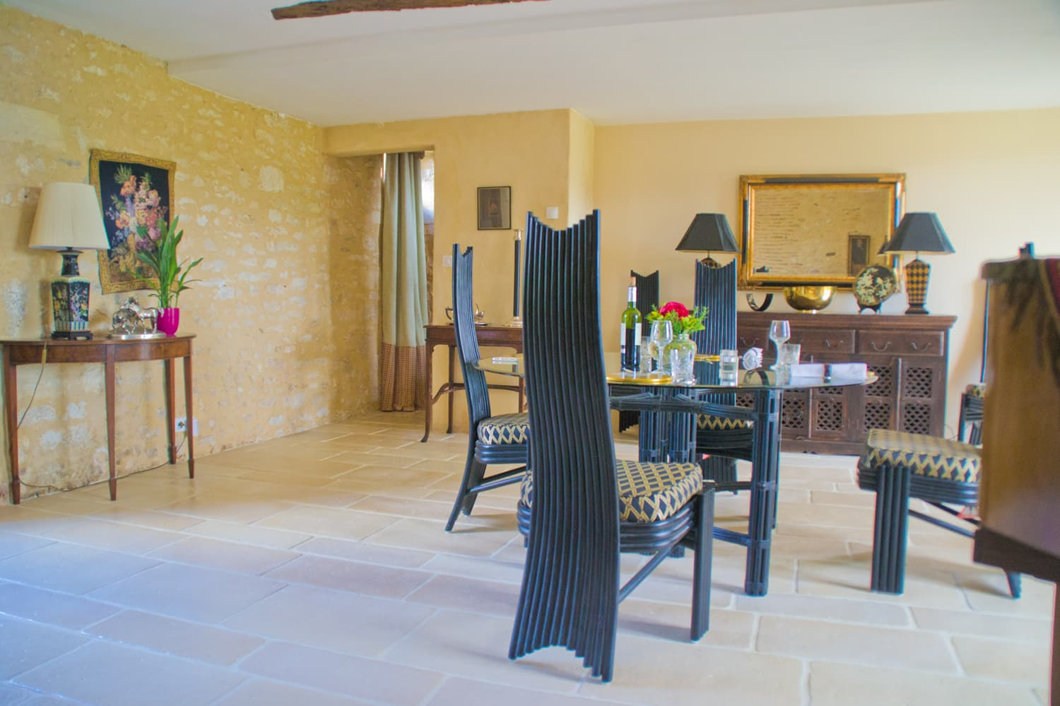 Dining room in Dordogne holiday rental home