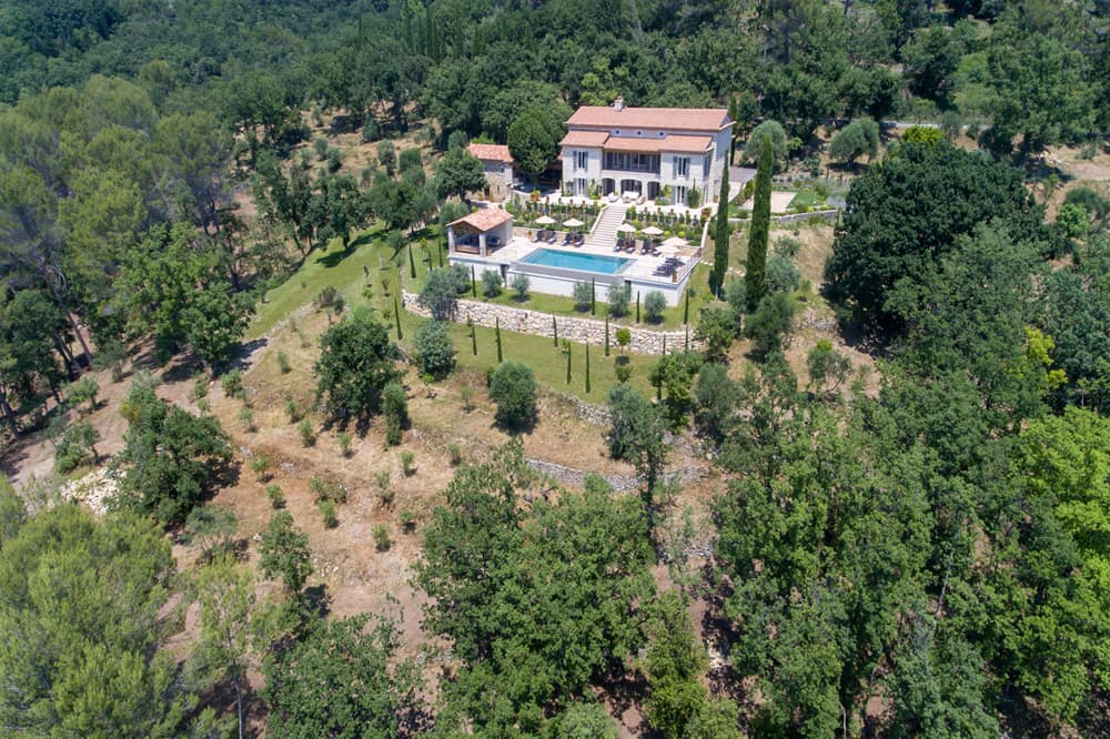 Provence holiday home with private pool