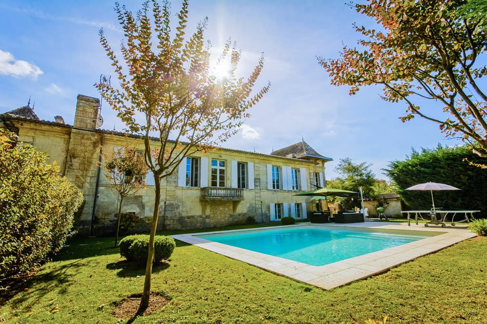 Holiday accommodation with private pool in South West France
